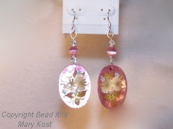 Pink Mother of Pearl Floral earrings