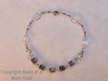 Mothers bracelet/April birthstone